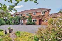 6 bedroom Detached home in Seer Green - Old Long...