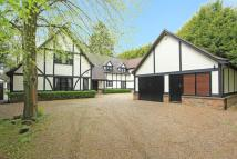 Detached home in Finch Lane Beaconsfield