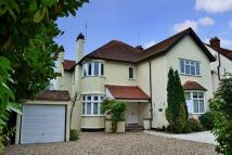 2 bed Apartment to rent in Grove Road Beaconsfield