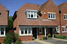semi detached house to rent in Waldenbury Beaconsfield