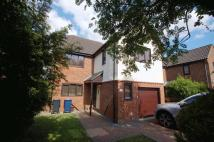 4 bed Detached property for sale in Holmer Green