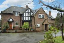 5 bedroom Detached house to rent in Manor Road, Penn