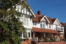 Flat to rent in Rectory Avenue...