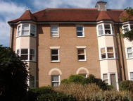 1 bed Flat in Cathedral Walk...