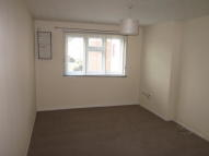 Flat to rent in Redmayne Drive...