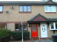 2 bedroom home in Woodstock Close...