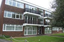 2 bedroom Flat in Bourne Way, Bromley, BR2
