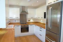 2 bed Flat in 84a Ravenscroft Road...