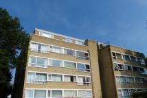 Flat to rent in 4 Rectory Road...
