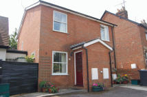 semi detached house to rent in Froghall Lane, Stevenage...