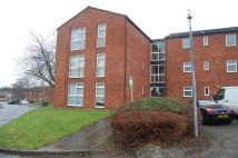 Ground Flat to rent in Hopton Road, Stevenage...