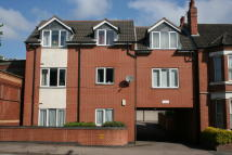 Flat to rent in Priory Court...
