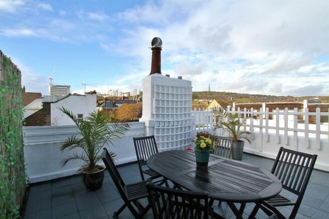 roof terrace (2).jpg