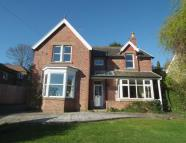 Detached home in Ashgrove House 53...