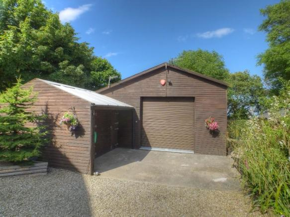 Garage Outbuilding