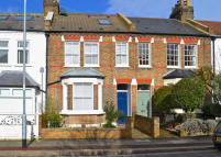 3 bed Terraced property in Waldeck Road, Chiswick