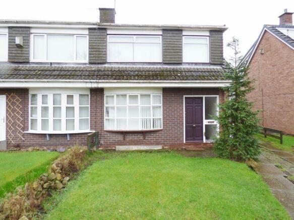 3 bedroom semi detached house for sale in manston road for Detached garage for sale