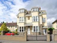 Flat for sale in Royal French Court...