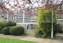Maisonette to rent in Windsor - Available for...