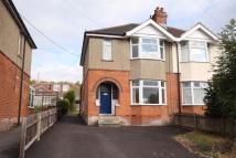 3 bed semi detached property to rent in Bishopstoke