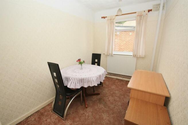 BEDROOM 3 / DINING R