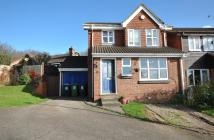 3 bed Detached property to rent in Hill View, Berkhamsted