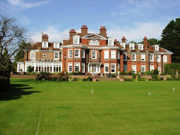 Copy of CV The Mansion.4jpg - Copy.jpg
