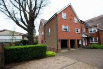 Maisonette to rent in Hillside Road, St. Albans