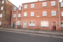 Ground Flat to rent in High Street, Spalding...