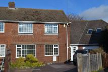 5 bed semi detached property in Elderdene, Chinnor