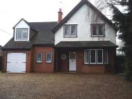 Detached house in Reading Road, Winnersh