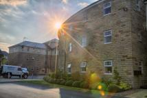 2 bed Apartment in Burnstall Crescent...