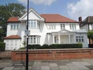 7 bedroom Detached house in Beaufort Road, Ealing...