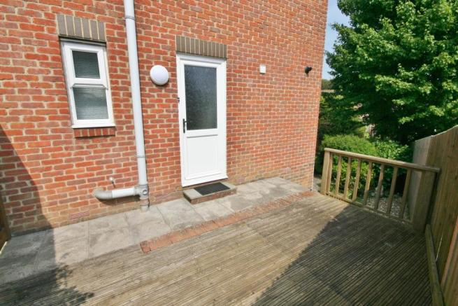 Westerly Facing Deck