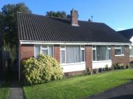 2 bedroom Semi-Detached Bungalow in Grange Close, Horam...