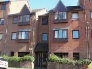 Studio apartment to rent in Victoria Avenue, Bristol