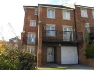 5 bed Town House to rent in Cudworth Drive...