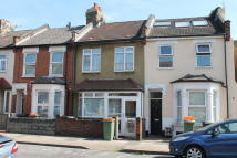3 bed Terraced home to rent in Pretoria Road, London...