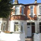 2 bed Ground Flat to rent in CAULFIELD ROAD, London...