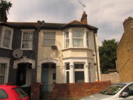 3 bed Flat to rent in Glasgow Road, London, E13