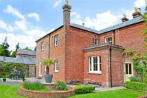 3 bed property to rent in Harbridge Court...