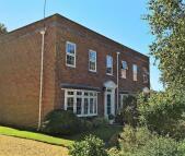 3 bedroom property to rent in Merton Grove, Ringwood...