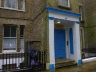17 Victoria Park Studio flat to rent