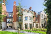 Flat for sale in TOWN CENTRE