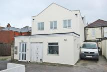 2 bed Flat in Seabourne Road...