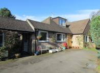 5 bedroom Detached home for sale in Inglewood Close...