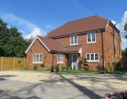 5 bedroom new property in Peppard Common...