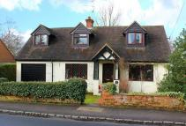4 bedroom Detached property in Grove Road...