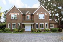 Detached house in New Lane Hill, Tilehurst...