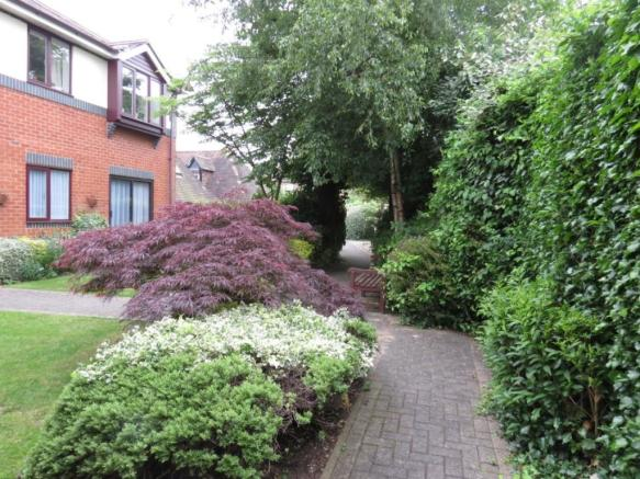 Rear and garden (Mai